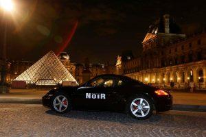 Sulle tracce del Codice da Vinci: Porsche tour al Louvre di Parigi